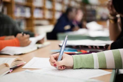 留学生线上网课论文考试指南